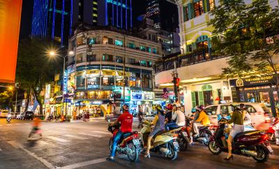Finding Excellent Vietnamese Translators